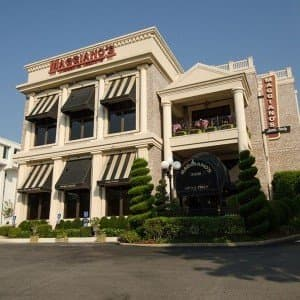 Maggiano S Italian Restaurant Near You At West End Avenue