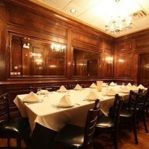 Maggianos Italian Restaurant Near You At Oakbrook Shopping Center