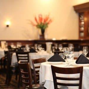 maggiano's italian restaurant near you at 12th & filbert